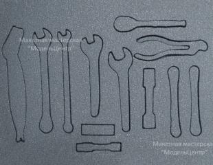 rezka-penoplasta-1
